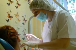 Лечение в детском кабинете - детская стоматология 2014