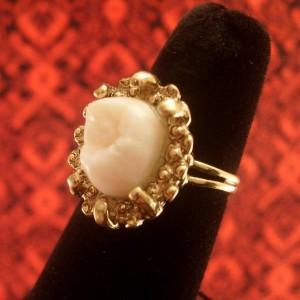 перстень из зуба Исаака Ньютона